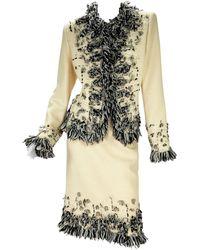 Oscar de la Renta Runway F/w 2004 Boucle French Vanilla Embellished Skirt Suit - Natural