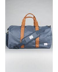 Herschel Supply Co. The Ravine Duffel Bag in Grey & Tan - Lyst