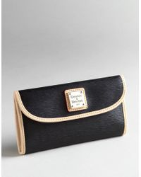 Dooney & Bourke - Cork Continental Clutch - Lyst