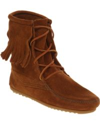 Minnetonka Tramper Tassle Ankle Boot Tan Suede - Brown