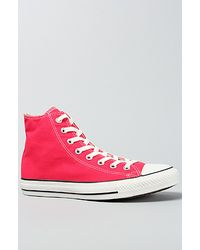 Converse The Chuck Taylor All Star Hi Sneaker in Raspberry - Lyst