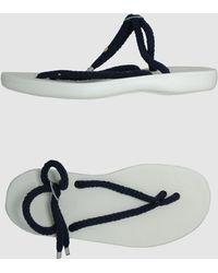 Bruno Magli Thong Sandal - Black