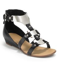Boutique 9 Porsha Low Wedge Sandalsblack - Lyst