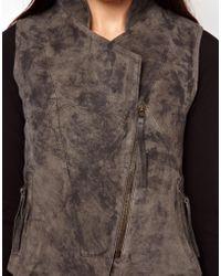 Improvd Sleeveless Leather Jacket - Grey