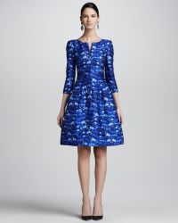 Oscar de la Renta Darted Featherprint Dress blue - Lyst