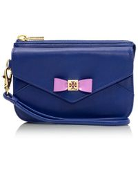 Tory Burch Bow Smart Phone Wristlet - Lyst