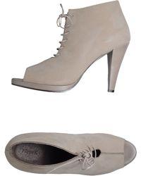 Filippa K Lace-up Shoes - Natural