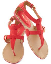 ModCloth Travel Blogger Sandal in Poppy red - Lyst