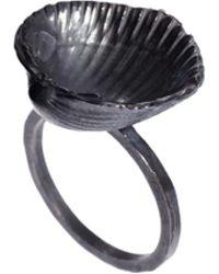 Daisy Knights - Shell Ring - Lyst