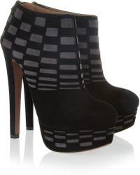Alaïa Cutout Suede Ankle Boots - Lyst