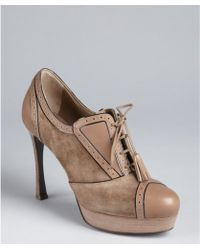 Saint Laurent Light Brown Suede Tasseled Laceup Tooled Oxford Pumps - Lyst