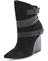 Alice + Olivia Alice Olivia Owen Suede Wedge Boots - Black