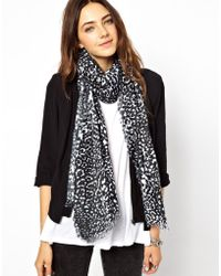 Monki Carrie Blurred Print Lightweight Scarf - Lyst