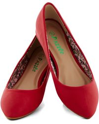 ModCloth Reel Simple Flat in Red - Lyst