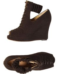 B Store Wedge brown - Lyst
