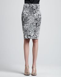 St. John Collection Patterned Pencil Skirt - Lyst