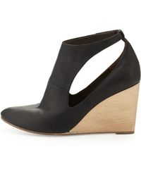Coclico - Jory Cutout Wedge Bootie - Lyst