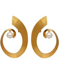 Herve Van Der Straeten - Goldplated Pearl Swirl Clipon Earrings - Lyst