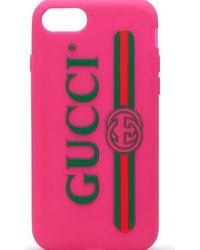 Gucci Étui pour iPhone 7 en gomme avec logo - Rose