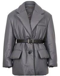 Prada Manteau en cuir avec ceinture - Gris