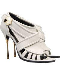 Nicholas Kirkwood White Sandals - Lyst