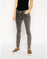 Asos Whitby Skinny Low Rise Jeans In Gray Pale Pepper Wash - Lyst