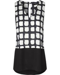 Jane Norman Monochrome Vneck Check Top - Lyst