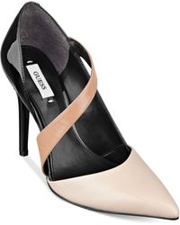 Guess Beige Bivona Pumps - Lyst