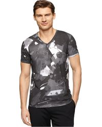 Calvin Klein Graphic-Print T-Shirt black - Lyst