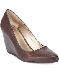 Kenneth Cole Reaction Bonded Pumps - Lyst