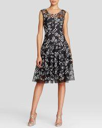 Vera Wang - Dress - Floral Lace Motif - Lyst
