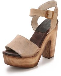 Freebird by Steven - Caye Clog Sandals - Taupe - Lyst