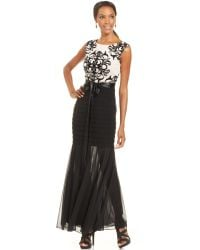 Betsy & Adam Contrast-Lace Illusion Mermaid Gown black - Lyst