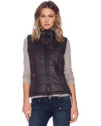 Monrow Black Puffer Vest - Lyst