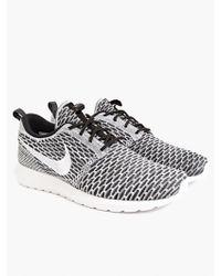Nike Men'S Flyknit Roshe Run Sneakers - Lyst