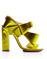 Delpozo Metallicleather Bowdetail Sandals in Yellow - Lyst