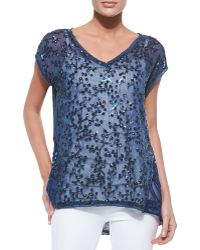 In Cashmere - Floral Applique V-neck Linen & Silk Top - Lyst