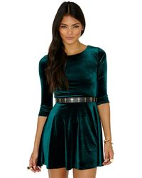 Missguided Ofelita Velvet Skater Dress In Deep Green - Lyst