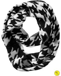 Banana Republic Factory Houndstooth Infinity Scarf - Blackwhite - Lyst