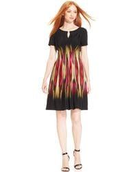 Tahari Brushstroke Print Pleated Dress - Lyst