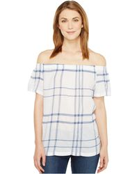 dd8b1f17806cd Two By Vince Camuto - Off The Shoulder Timeless Plaid Blouse - Lyst