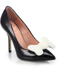 Moschino Cheap & Chic Fabric Bone-Bow Point-Toe Leather Pumps - Lyst