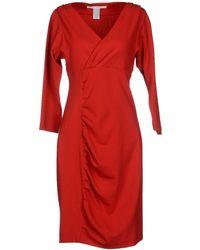 Diane von Furstenberg V-Neckline Solid Color Red Knee Length Dress - Lyst