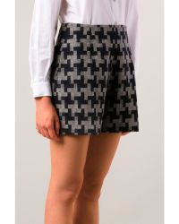 Carven Houndstooth Check Shorts - Lyst