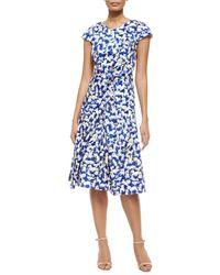 Carolina Herrera Gaspar-Print Belted Inverted-Pleat Dress - Lyst