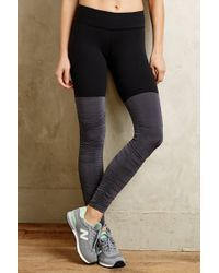 Beyond Yoga Ruched Performance Leggings - Lyst