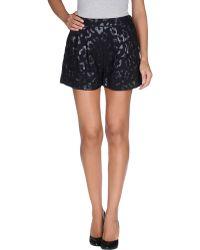 Essentiel Shorts - Black