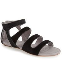 Tsubo | Barbra Stingray-Embossed Sandals | Lyst