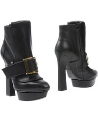 Alexander McQueen Black Ankle Boots - Lyst