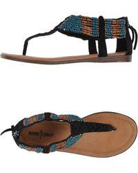 Minnetonka Thong Sandal - Lyst
